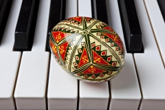painted-easter-egg-on-piano-keys-garry-gay